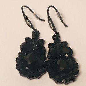 Jewelry - 4 for $12: Black Fancy Earrings